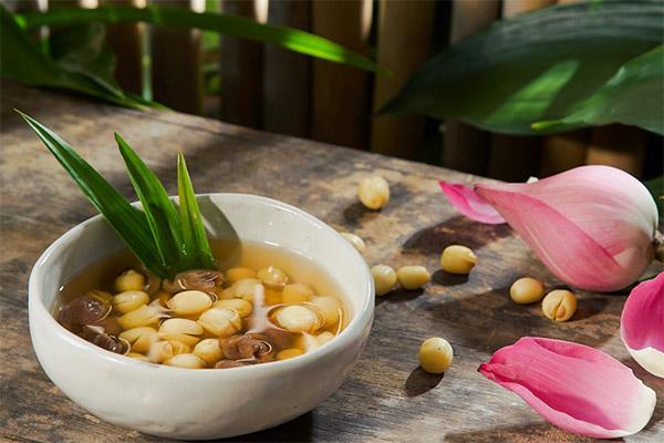 Bạn có biết cách nấu chè hạt sen không bị cứng cực kỳ thơm ngon?